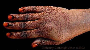 The Henna Page How To Do Henna On Dark Skin